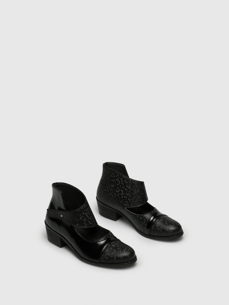 Gloss Black Round Toe Shoes