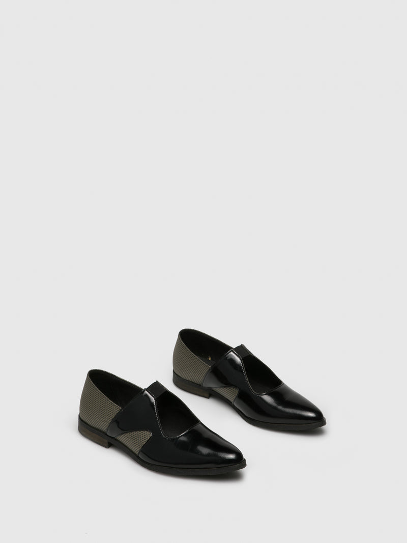 Gold Black Pointed Toe Shoes