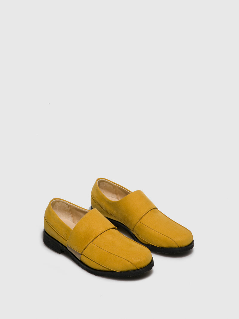 Marita Moreno Yellow Flat Shoes