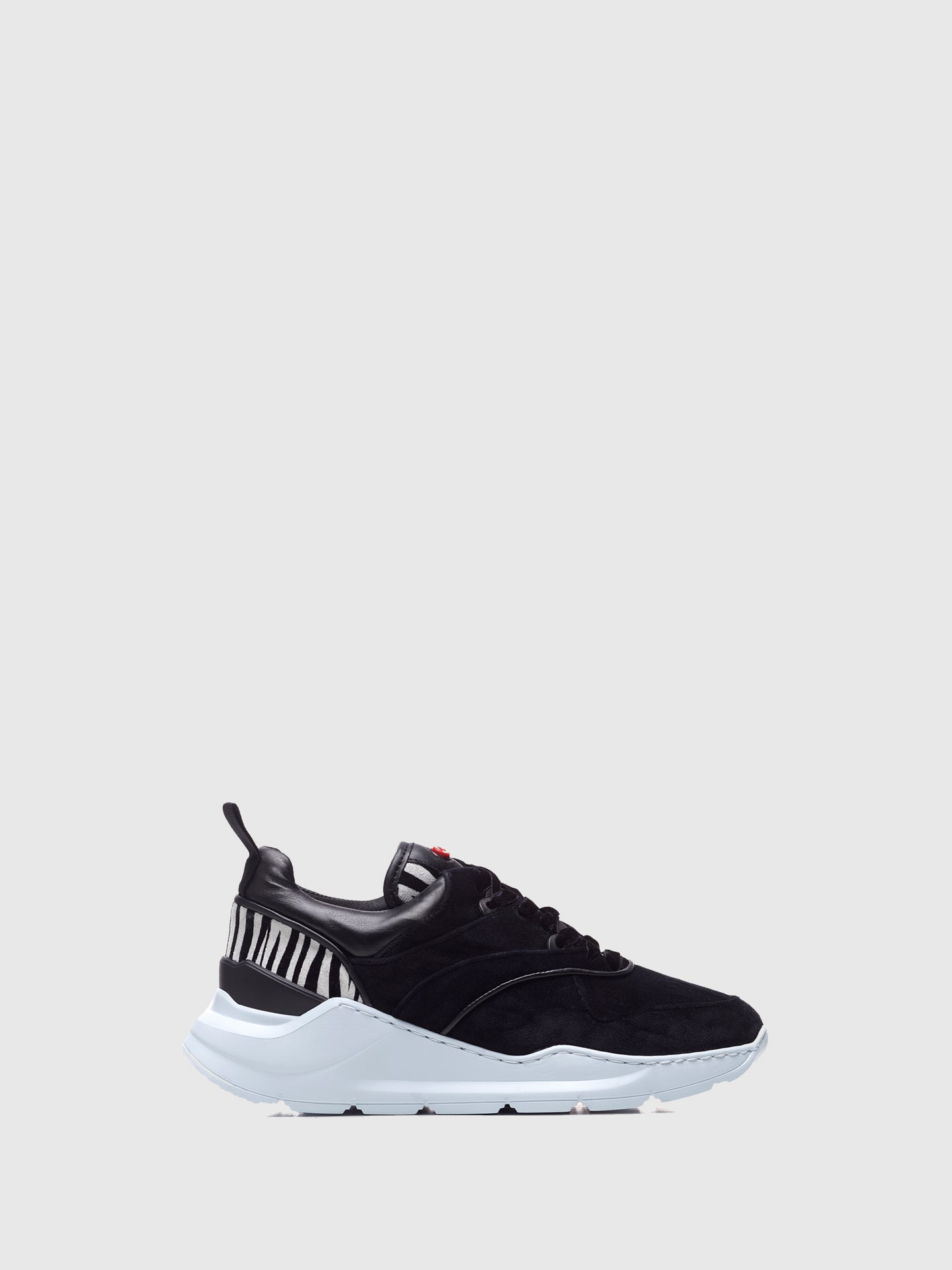 Nobrand Black White Lace-up Trainers