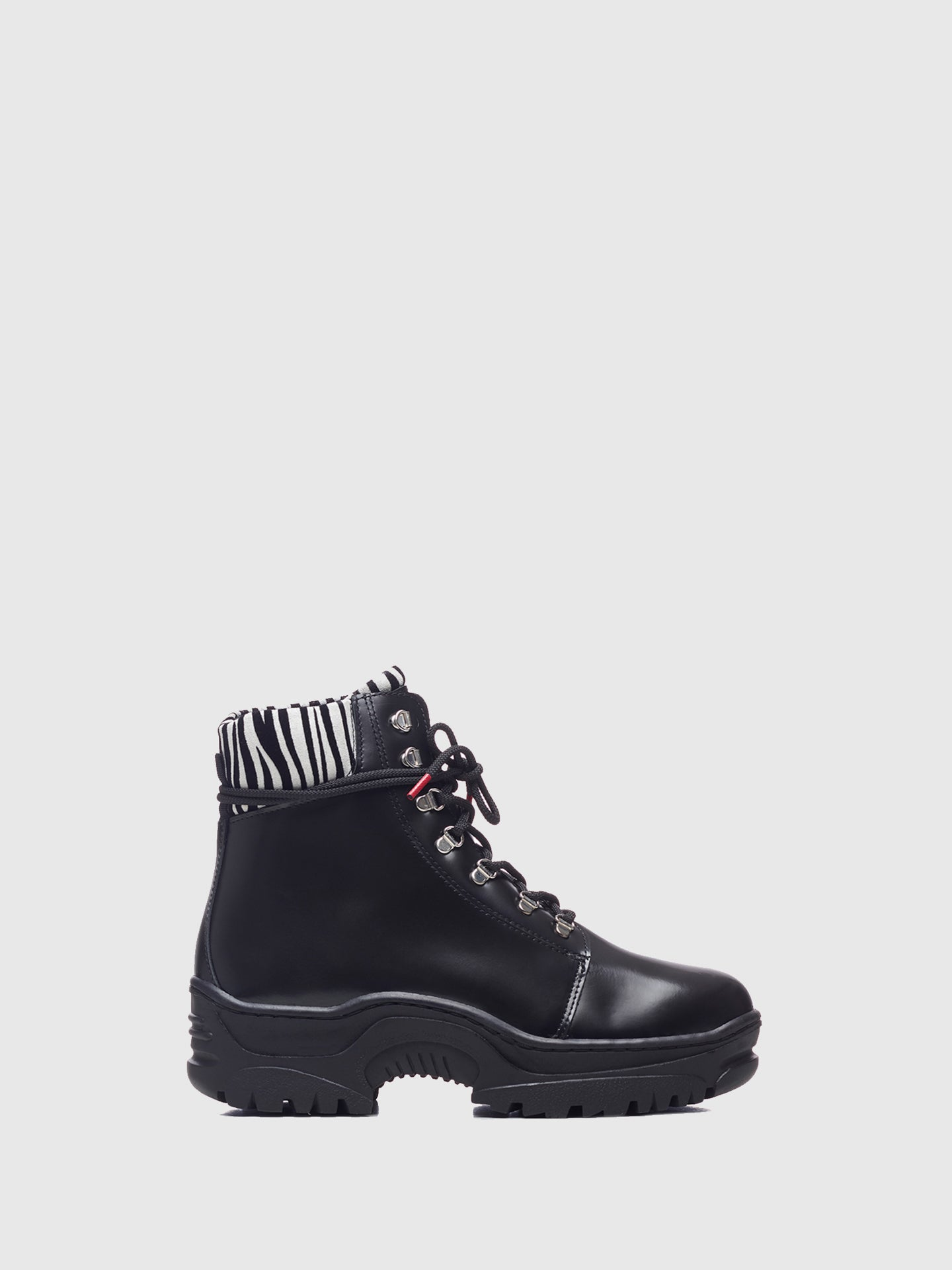 Nobrand Black Lace-up Boots