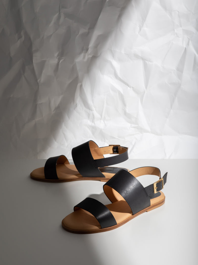 Only2me DarkGray Buckle Sandals