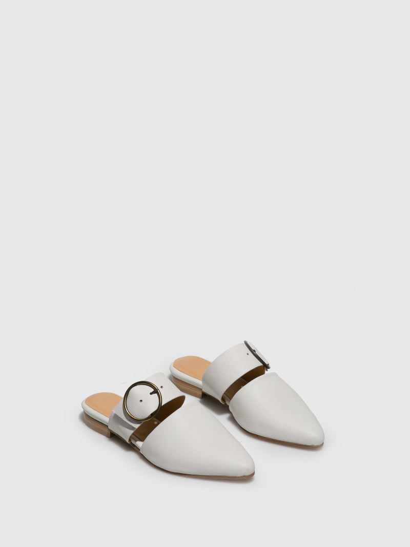 Only2me White Appliqués Mules