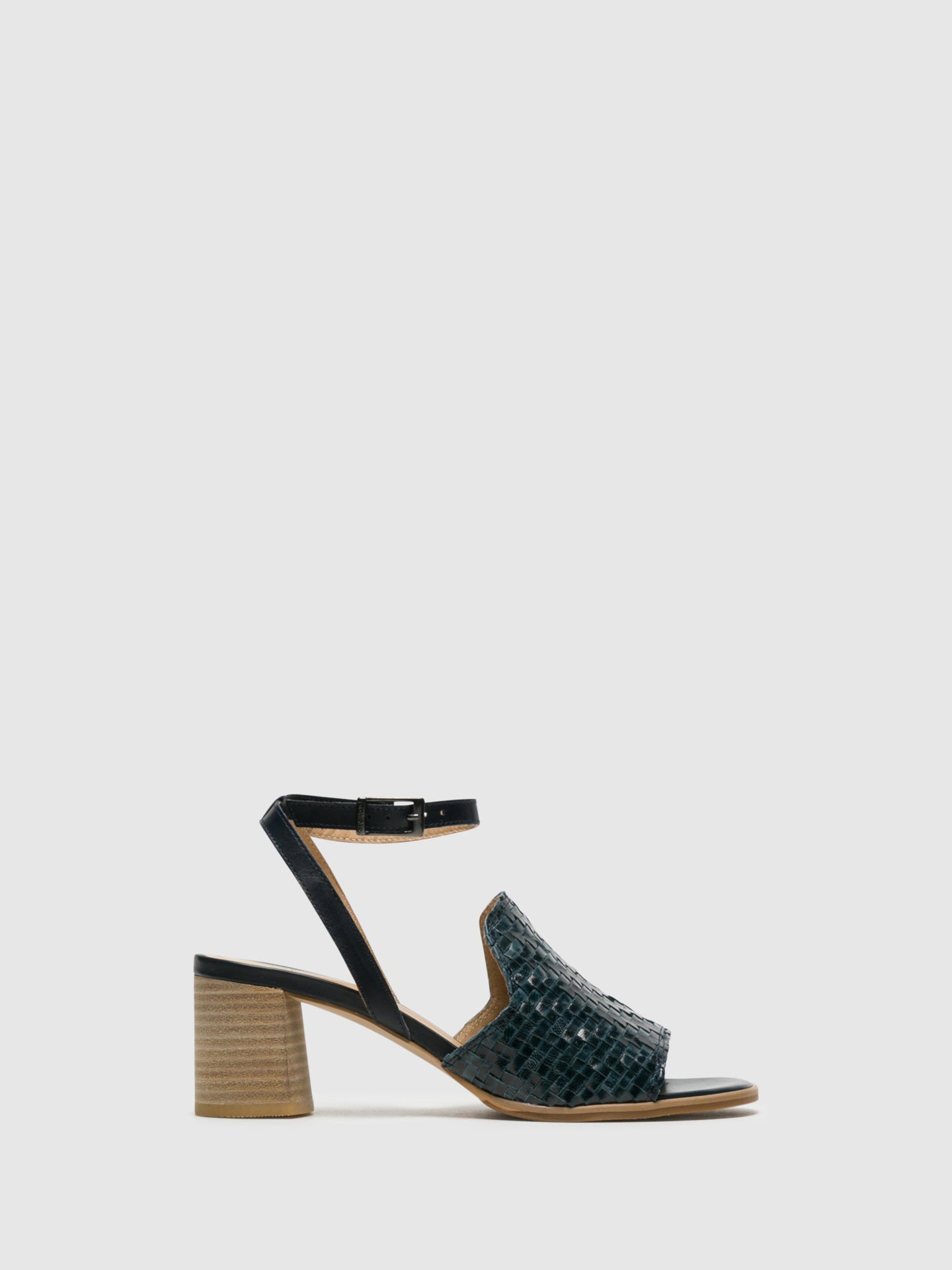 Perlato Blue Buckle Sandals
