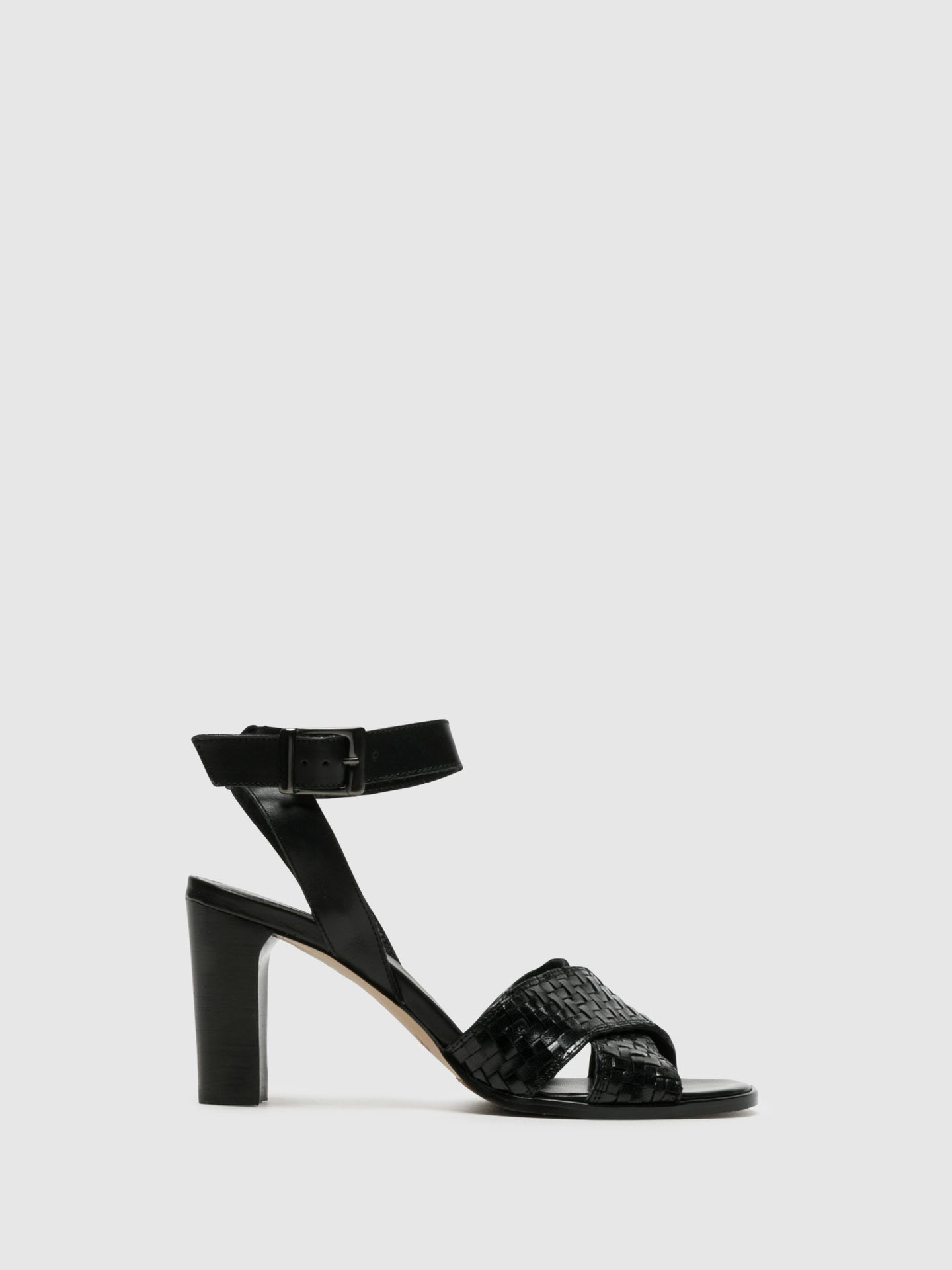 Perlato Black Buckle Sandals