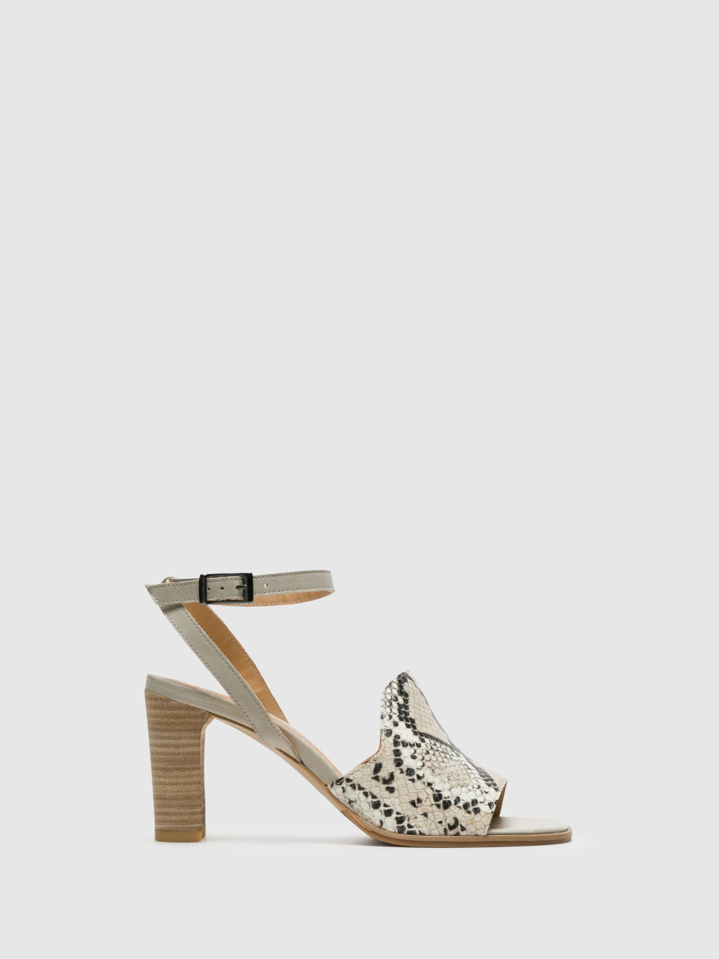 Perlato Beige Buckle Sandals