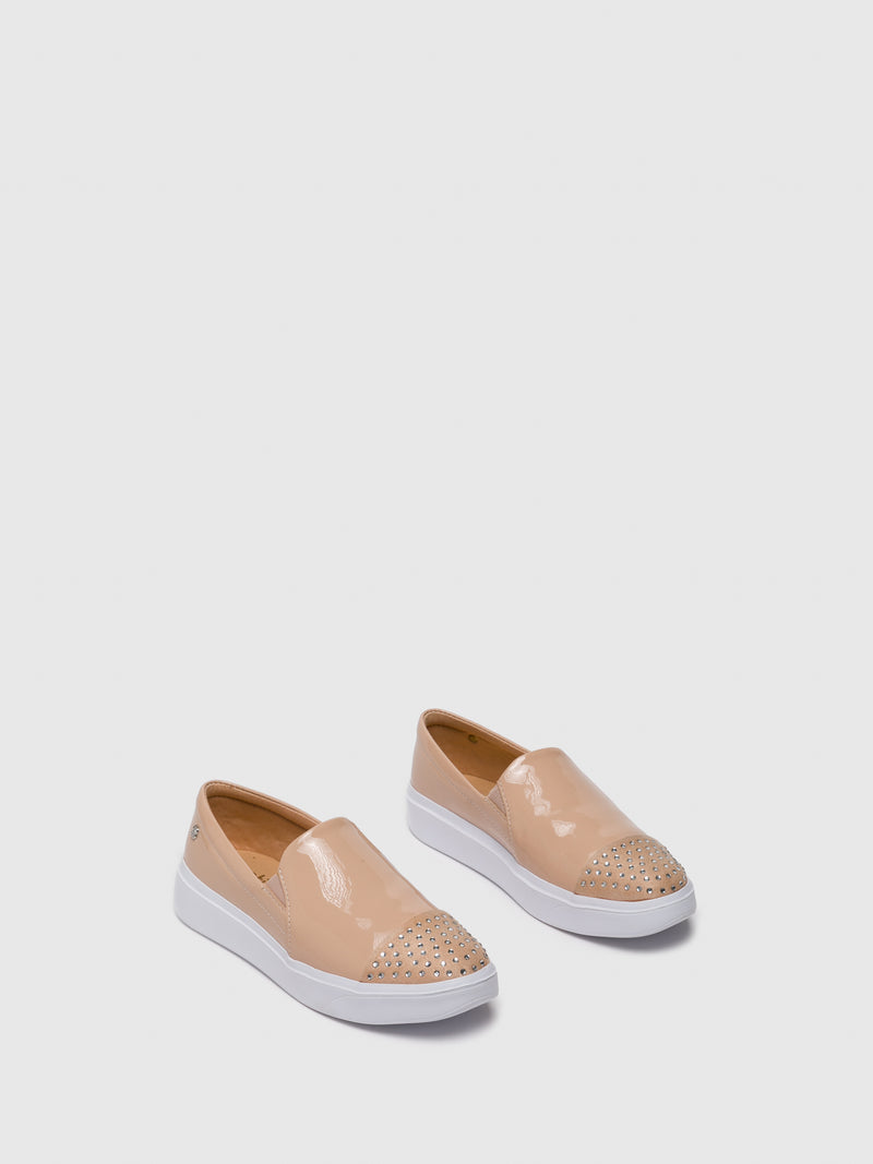 BlanchedAlmond	 Slip-on Trainers