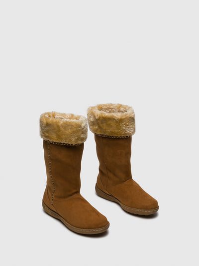 PIXIE Camel Fleece Boots