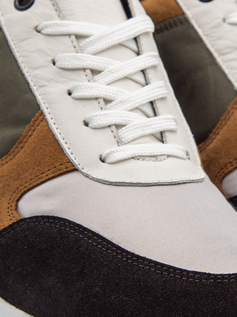 Pulser Shoes Brown Lace-up Trainers