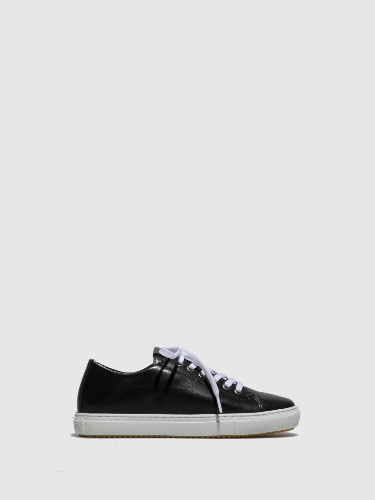 Perlato Black Lace-up Trainers