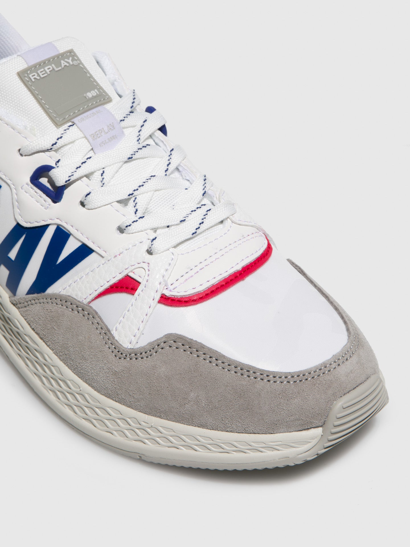 White Lace-up Trainers - Overcube