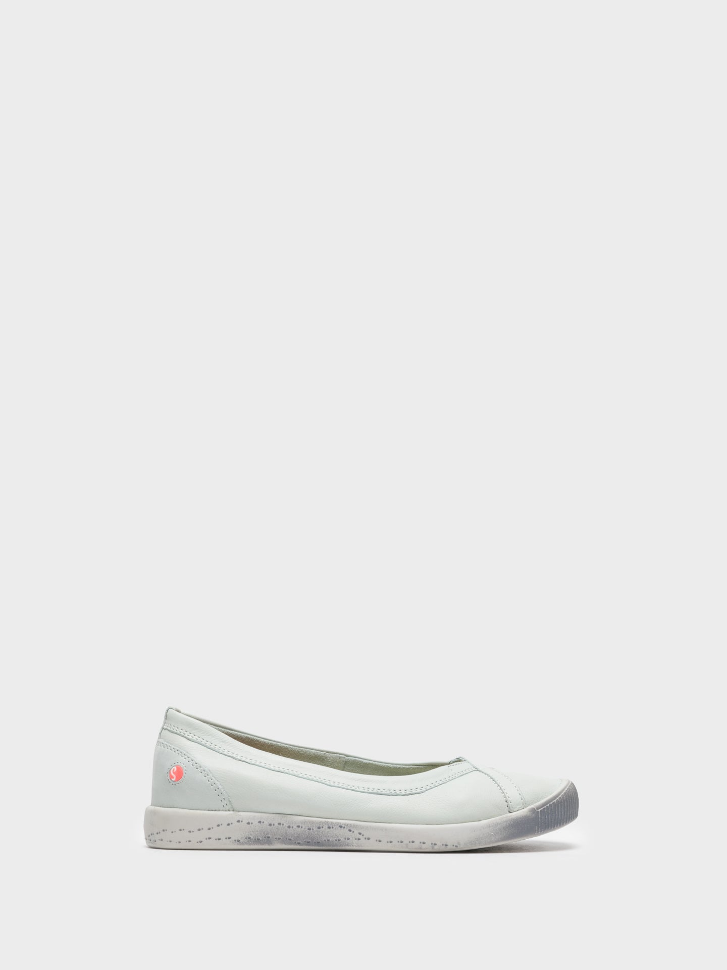 SOFTINOS White Round Toe Ballerinas