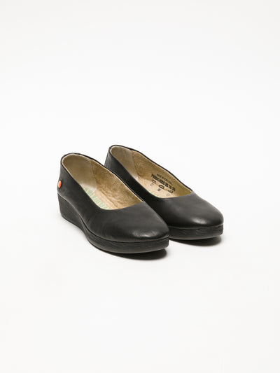 SOFTINOS Black Wedge Shoes