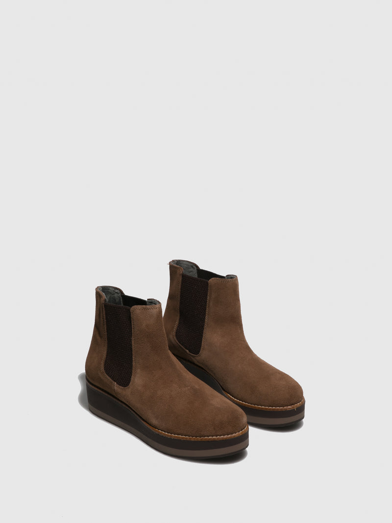 Sotoalto Brown Wedge Ankle Boots
