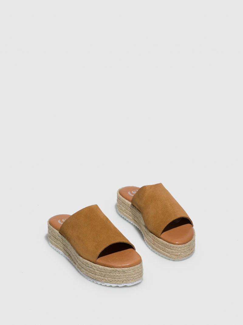 Sotoalto Brown Round Toe Sandals
