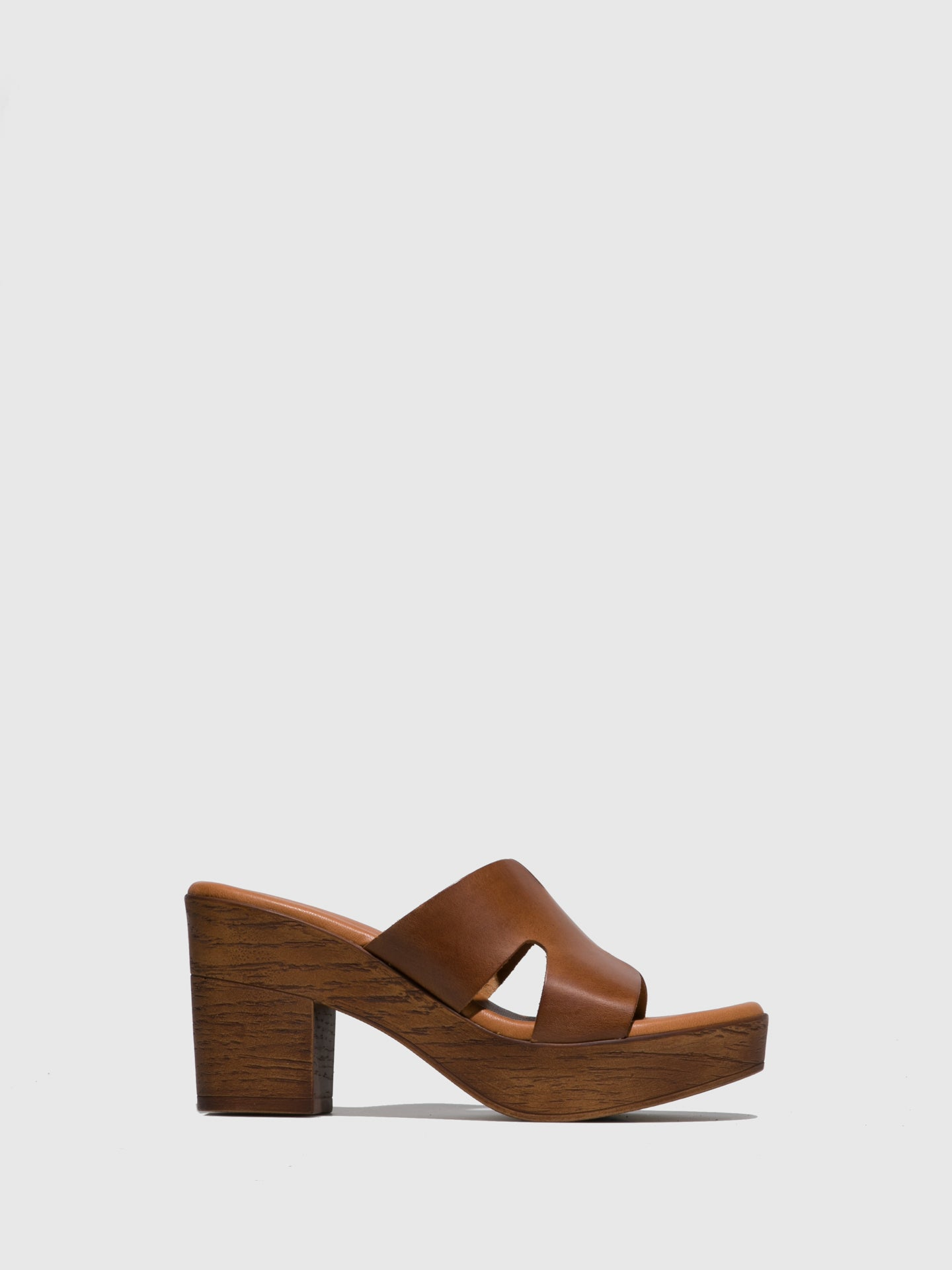Sotoalto Brown Leather Round Toe Sandals