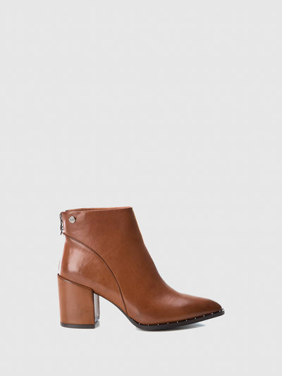 XTI Wheat Pointed Toe Ankle Boots