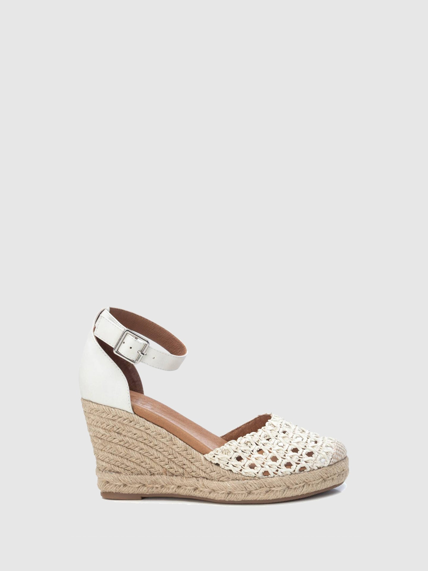 XTI White Wedge Sandals
