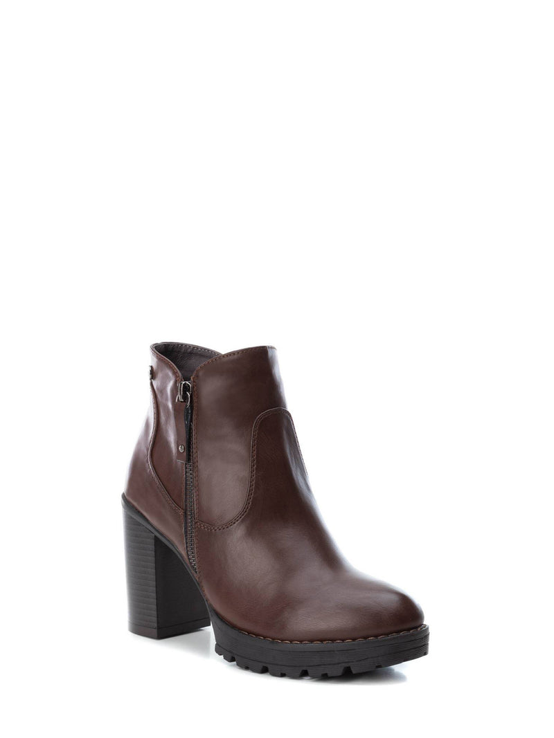 XTI Maroon Zip Up Ankle Boots