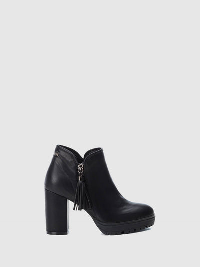 XTI Black Zip Up Ankle Boots