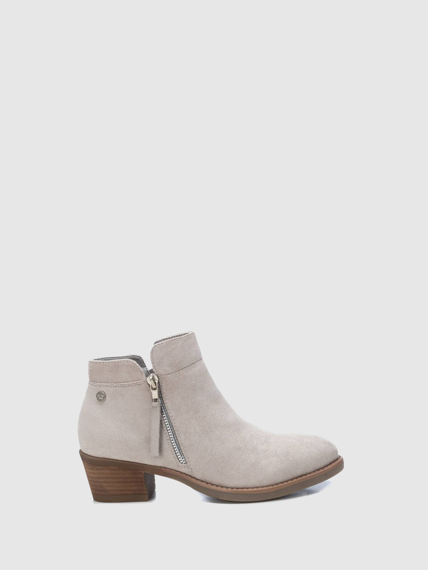 XTI White Zip Up Ankle Boots
