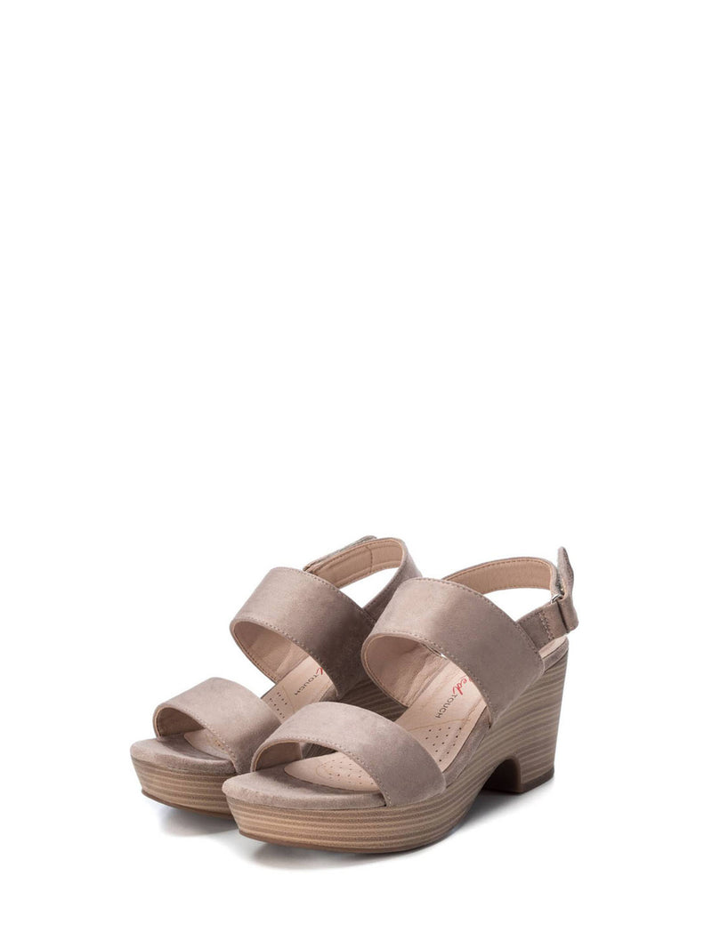 XTI Brown Sling-Back Sandals