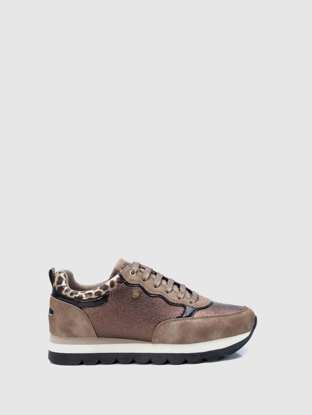 XTI Gold Lace-up Trainers