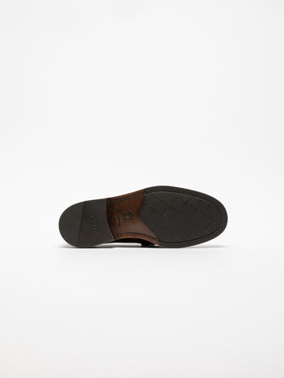 Yucca Brown Loafers Shoes