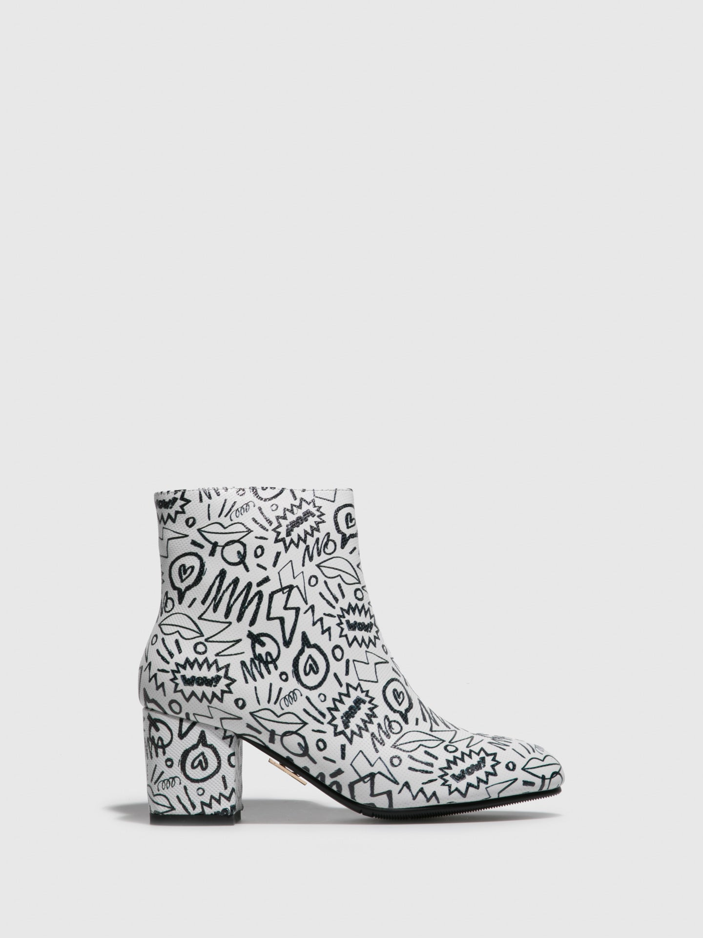 Yull White Round Toe Ankle Boots
