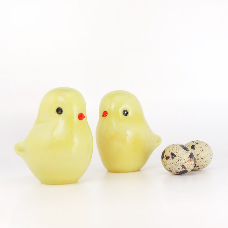 Easter Chick English Art Glass Paperweight