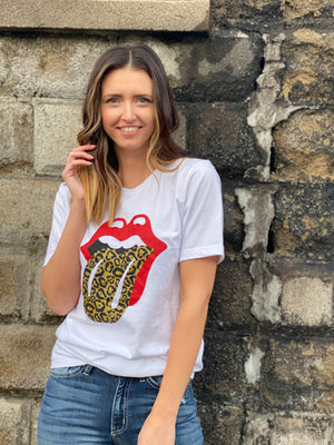 Leopard  Printed Lip T-shirt