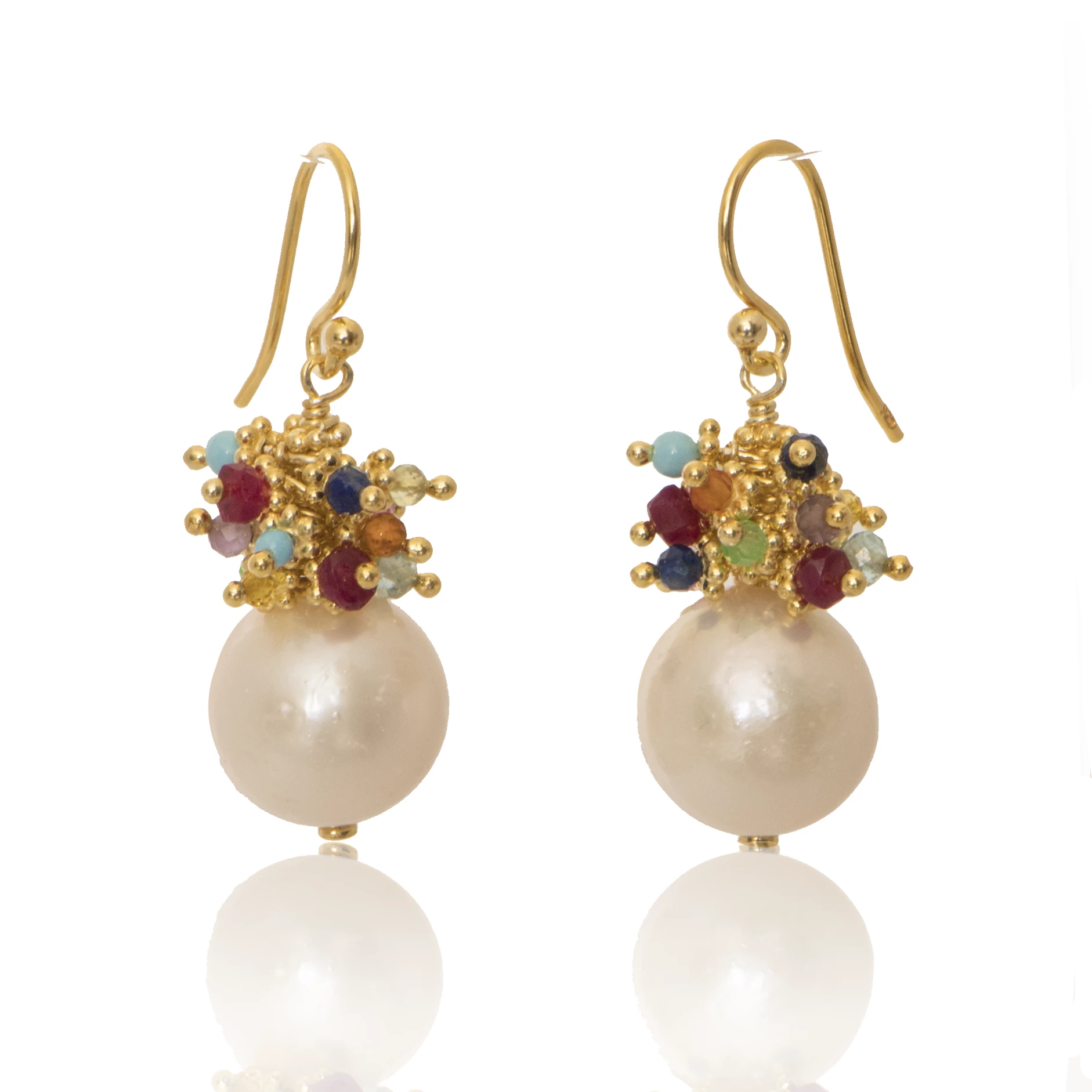 Baroque Freshwater Pearl Earring with Rainbow Top