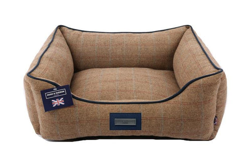 Hugo & Hudson Brown Tweed Dog Bed
