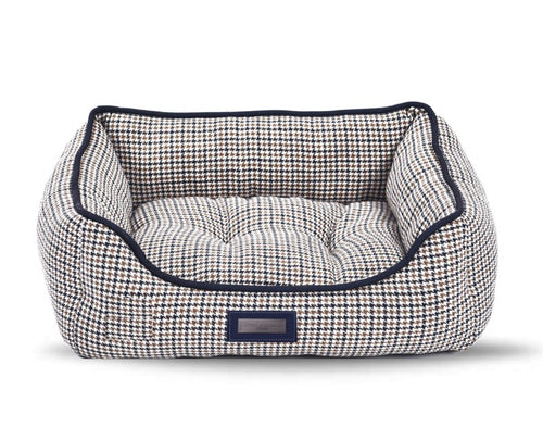 Hugo & Hudson Navy &  Brown Check Tweed Dog Bed