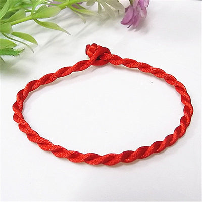 Red Thread String Bracelet