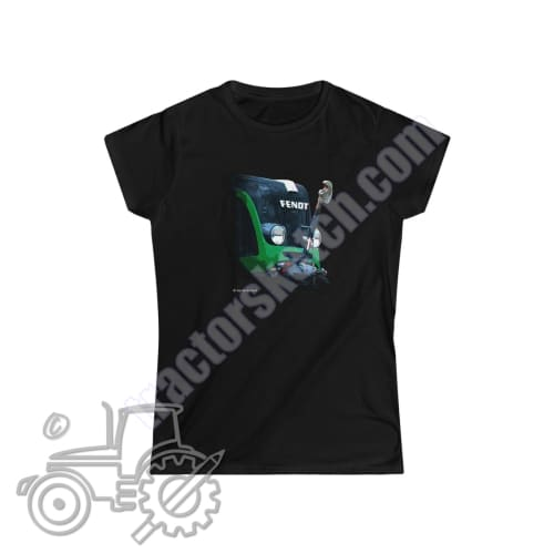 Fendt 820 Ladies Softstyle T-Shirt - tractorsketch.com