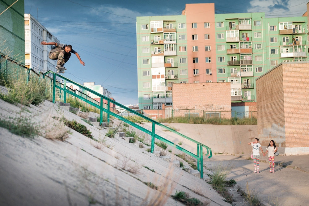 From Dirt To Dust : Skateboarding In Mongolia