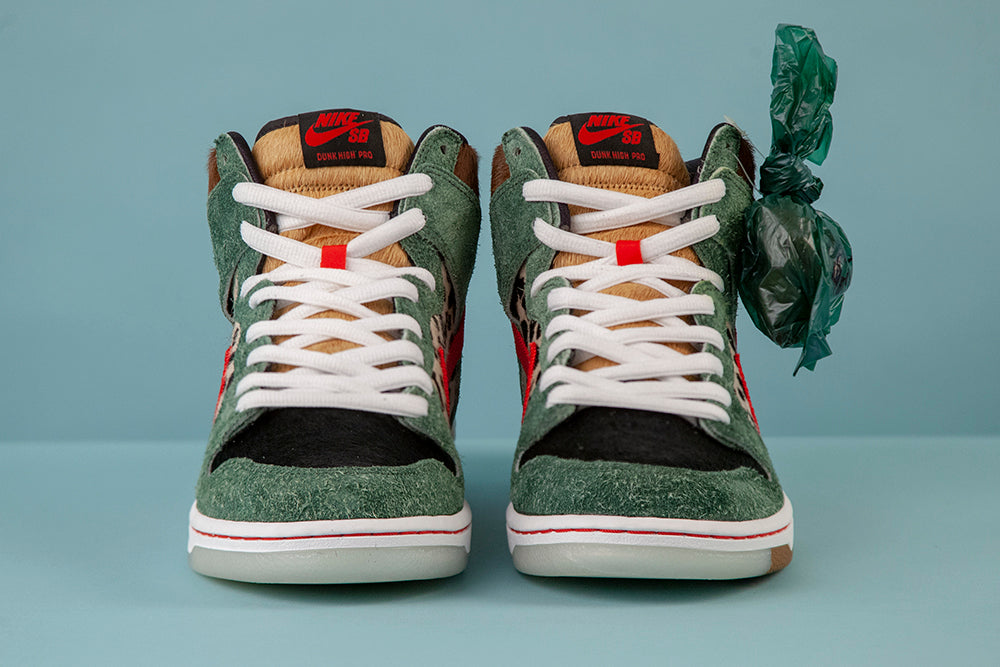 Nike_SB_Dunk_High_Dog_Walker_4/20_Shoe_5