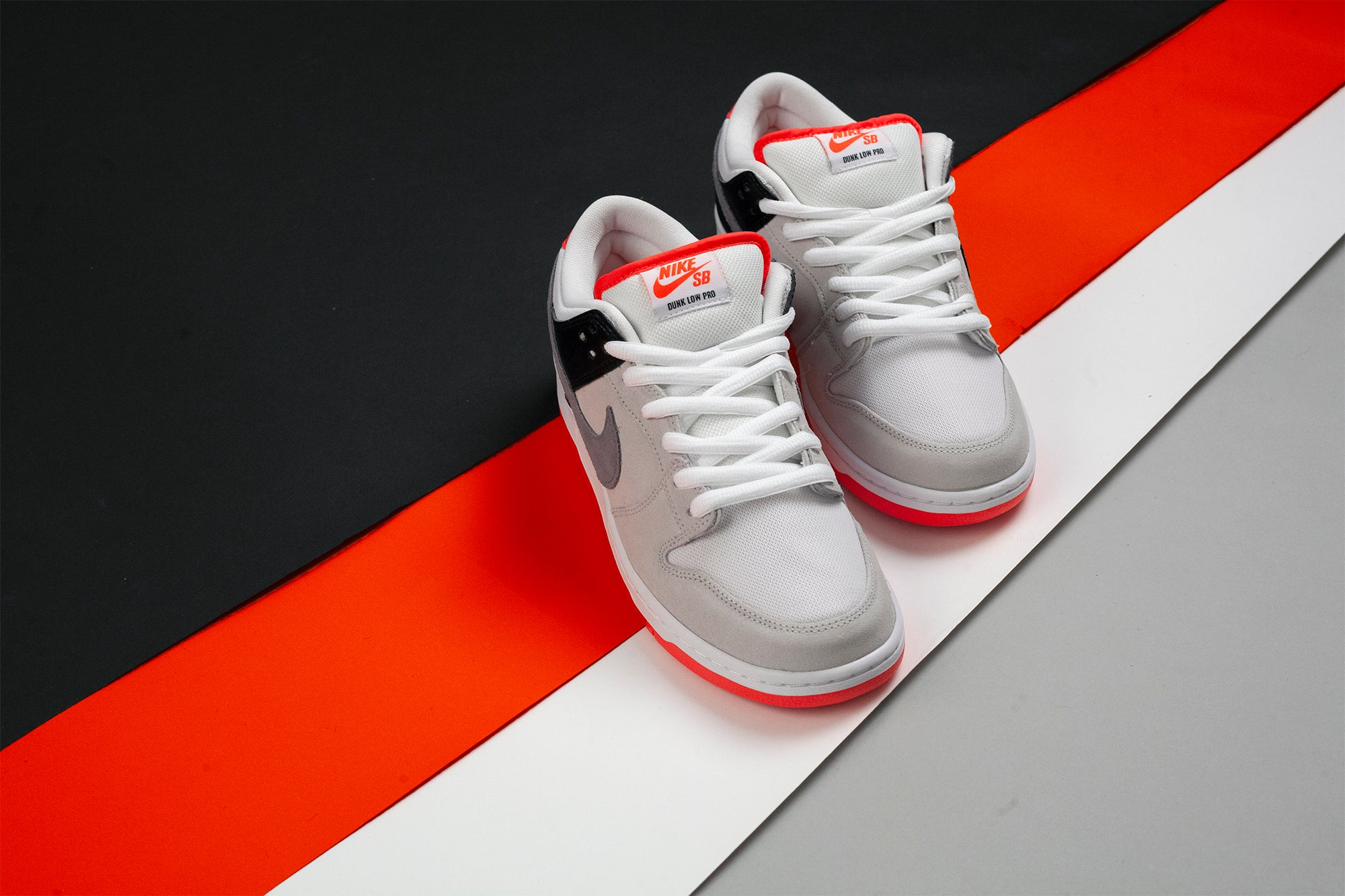 Nike_SB_Dunk_Low_Infared_Orange_Label_2