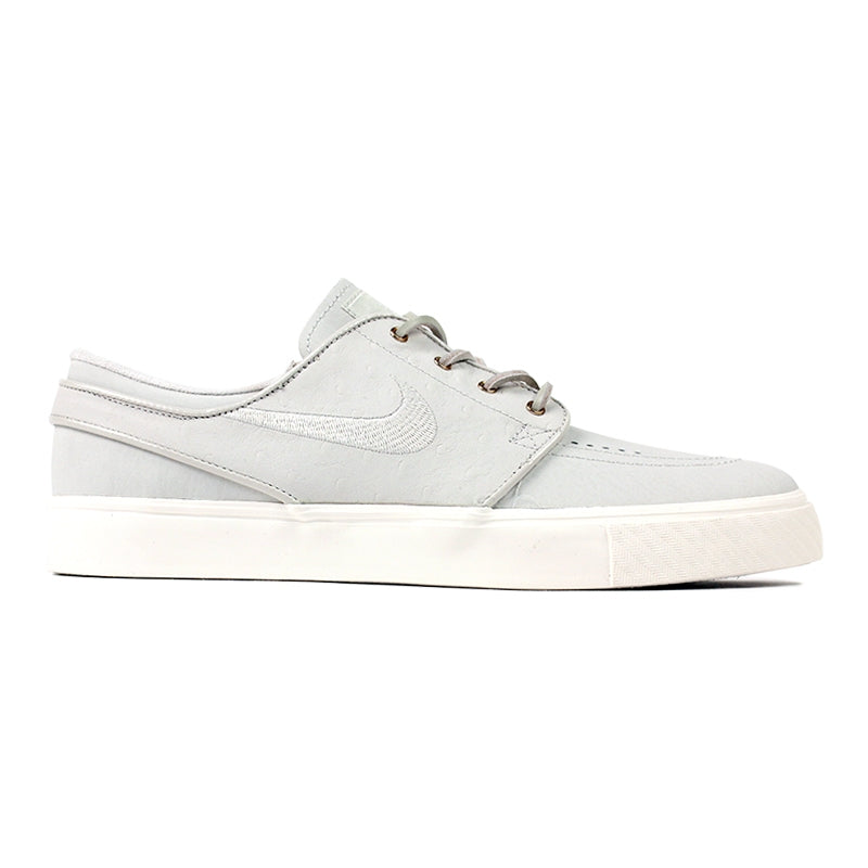Nike SB Stefan Janoski PR SE Shoes in Light Bone / Light Bone / Sail