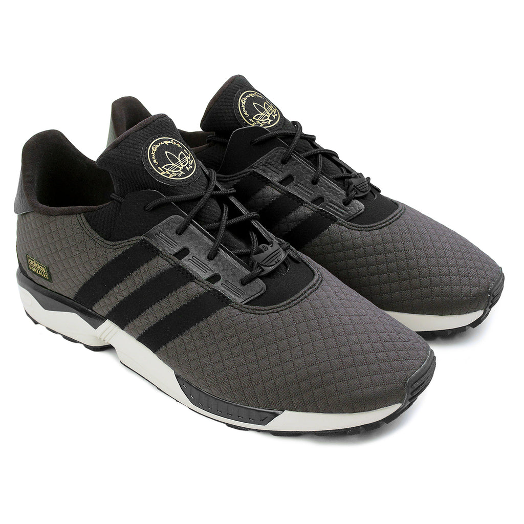 Adidas Skateboarding ZX Gonz Shoes in Carbon / Core Black / Core Black - Pair