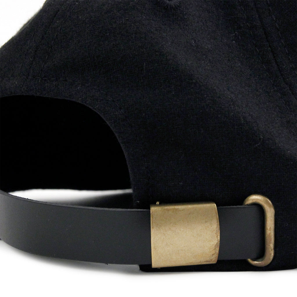 Welcome Skateboards Scrawl Wool Strapback Cap in Black - Strap