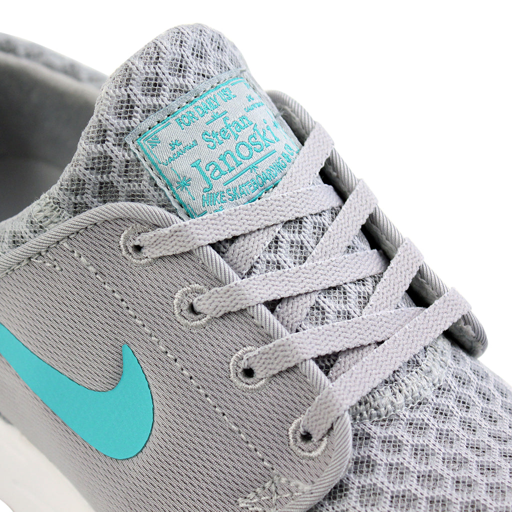 Nike SB Stefan Janoski Max L Shoes in Wolf Grey / Light Retro / White - Laces