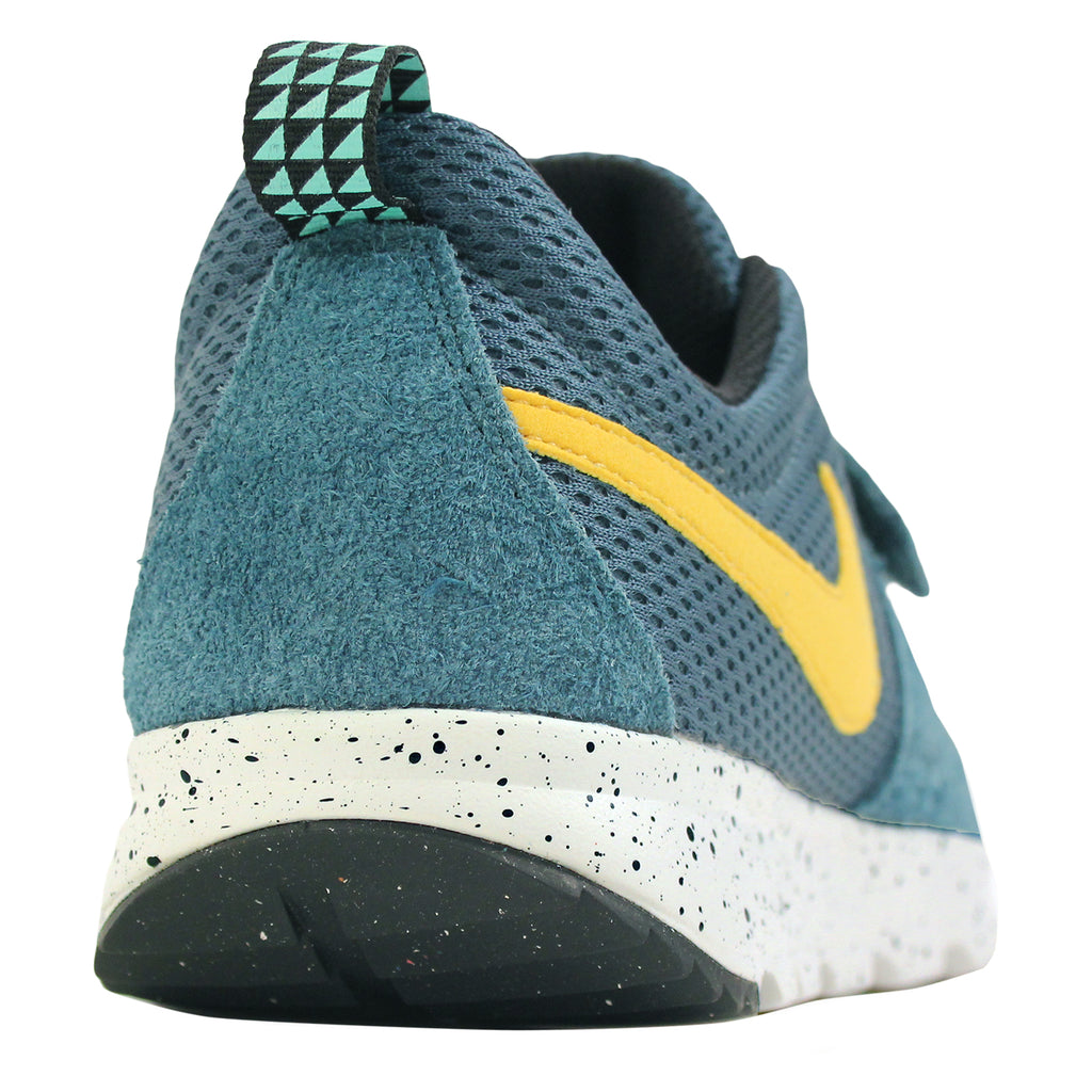 89ee7353c0f6 Nike SB Trainerendor SE Shoes in Night Factor   Varsity Maize   Sail - Heel