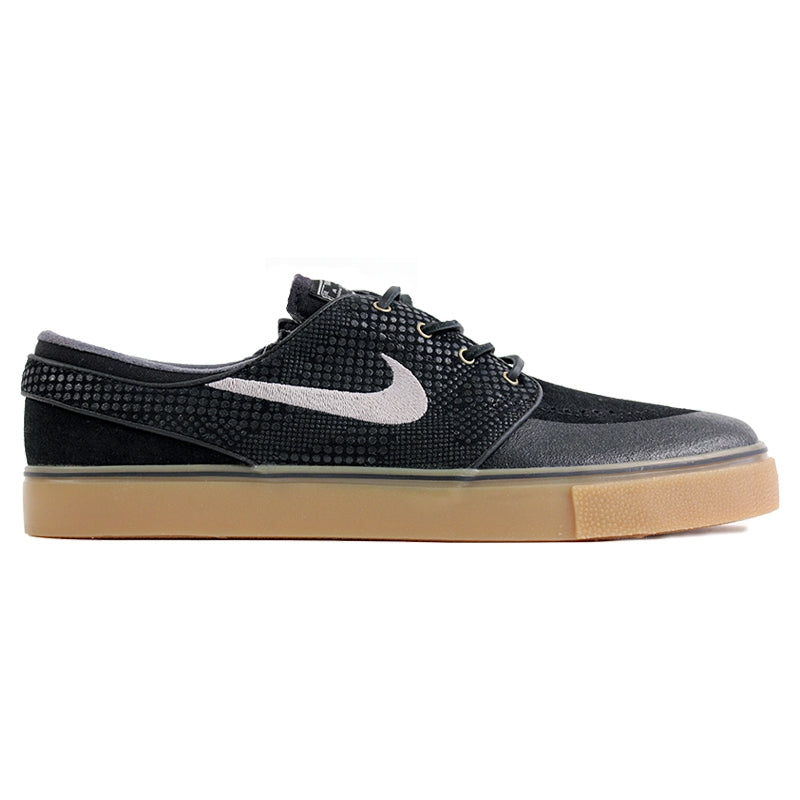 Nike SB Stefan Janoski PR SE Shoes in Black / Medium Gum / Light Brown