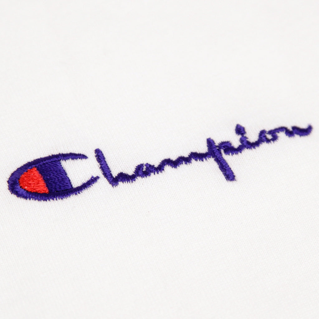 Champion Reverse Weave Small Script Logo T Shirt in White - Embroidery