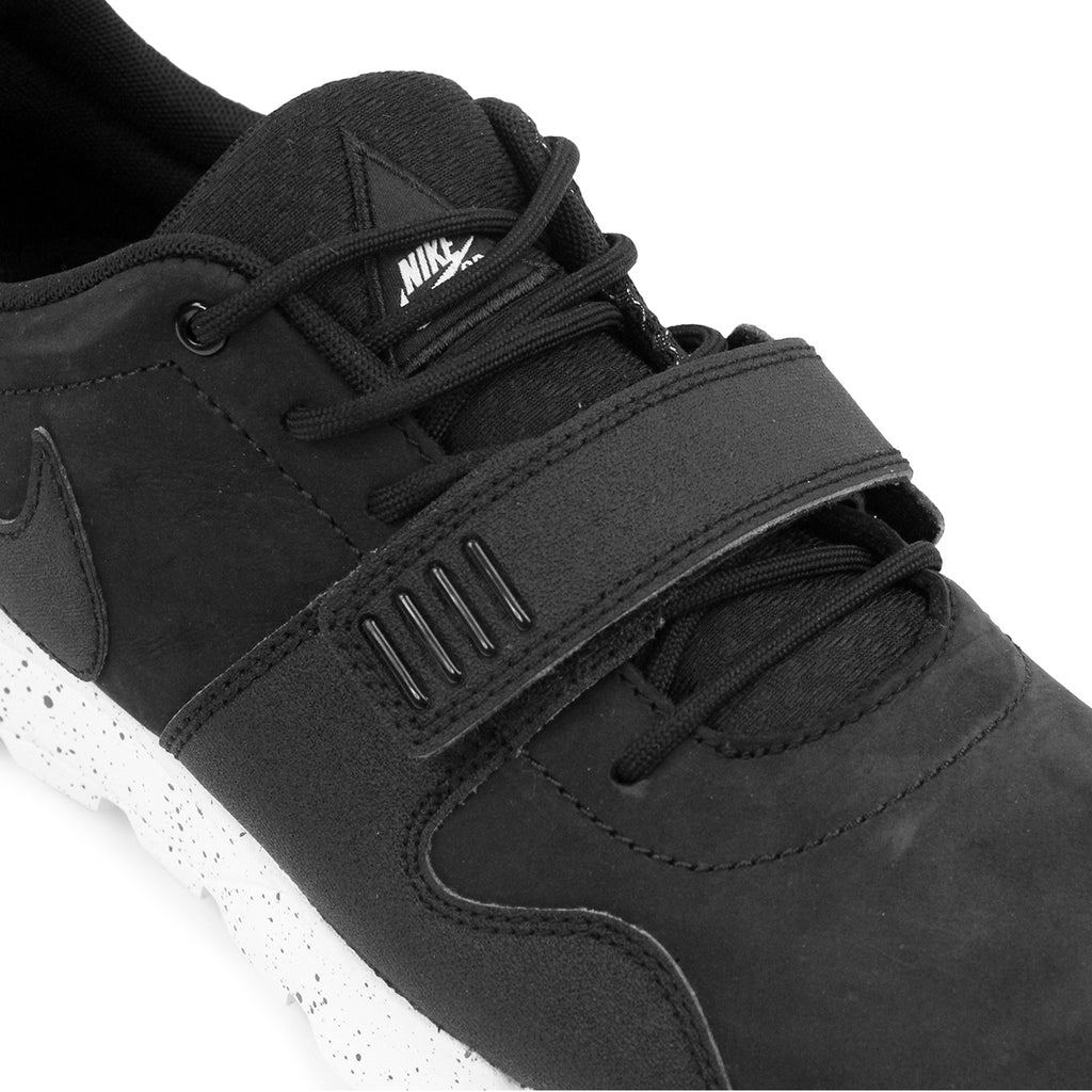 Nike SB Trainerendor SE Shoes in Black / Black / Black - Detail