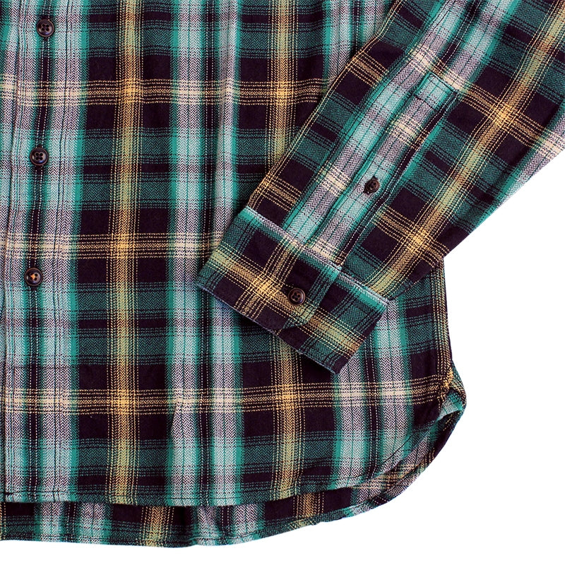 Levi's Skateboarding Collection Maker Shirt in Plaid Verte - Cuff