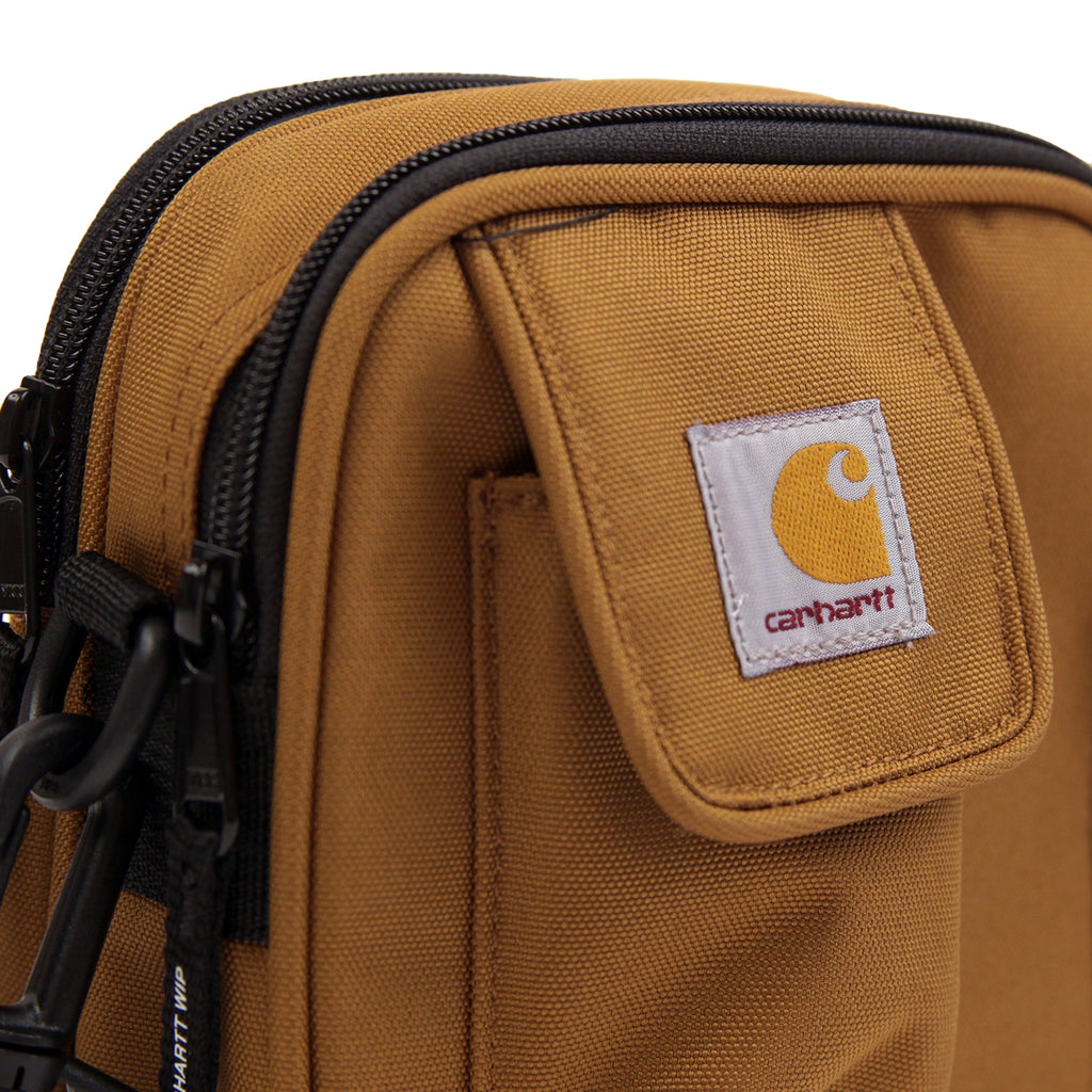 Carhartt Essentials Bag in Hamilton Brown - Label