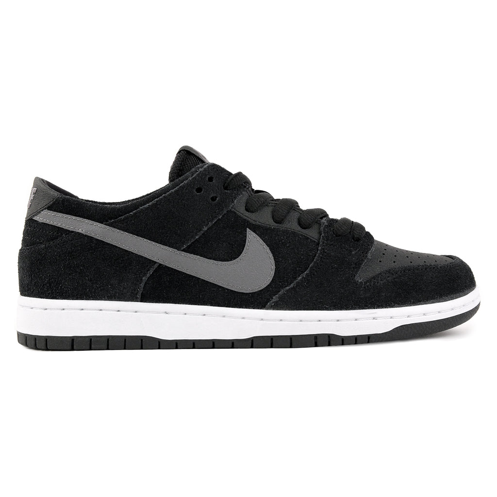 Nike SB Dunk Low Pro Ishod Wair Shoes in Black / Light Graphite / White